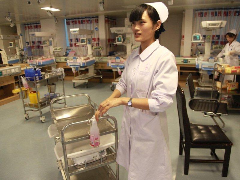 美女护士的春节夜生活【3】 财经