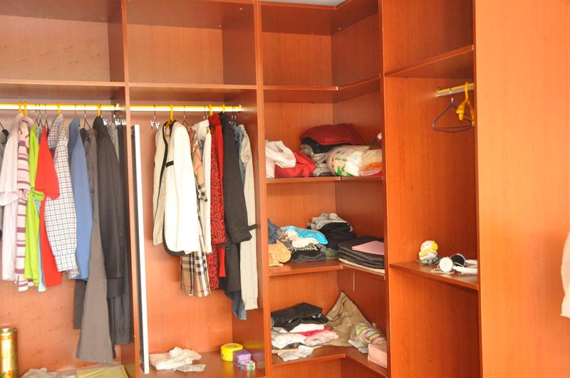 组装2层衣柜步骤图