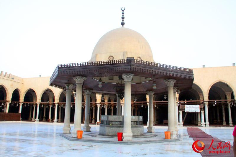 清真寺内提供饮水的地方。