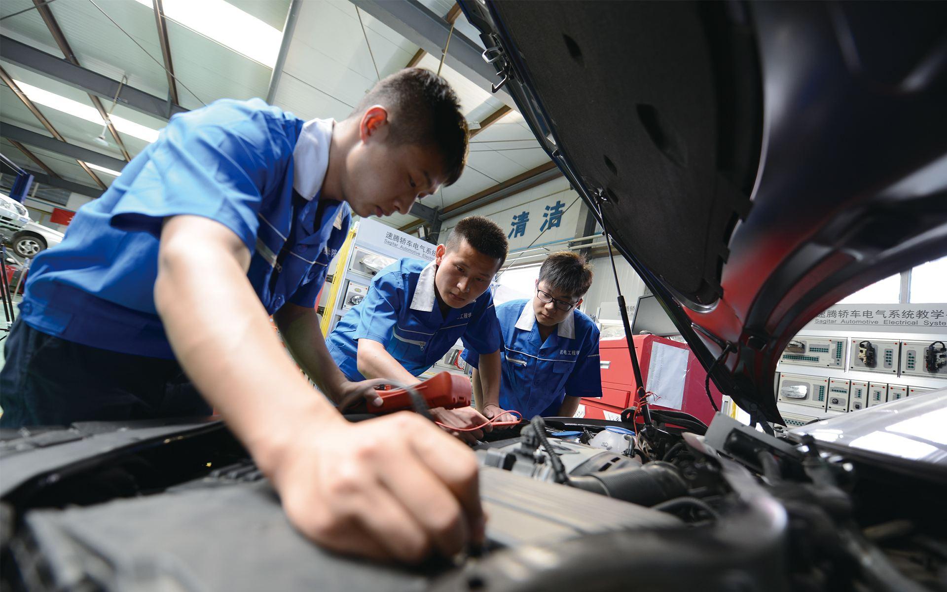 中国汽车后市场规模有望破万亿 规范发展需转型创新