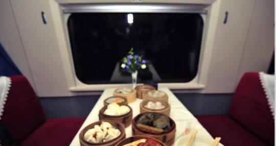 高铁网上订餐系统接入支付宝:可叫外卖送餐上车