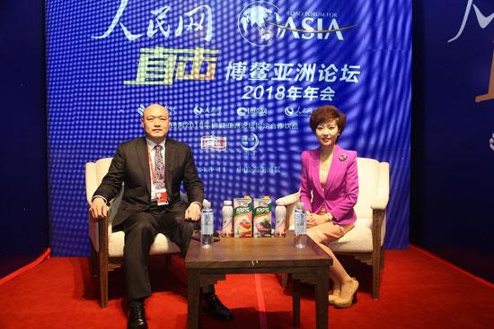 维信诺总裁张德强博士做客人民网博鳌访谈间(毛雷 摄)