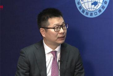 SAP全球高级副总裁李强       首届中国国际进口博览会于2018年11月5日至10日在上海国家会展中心举办,吸引了来自世界各地的3000多家企业参展。    展会现场,人民网专访SAP全球高级副总裁李强。
