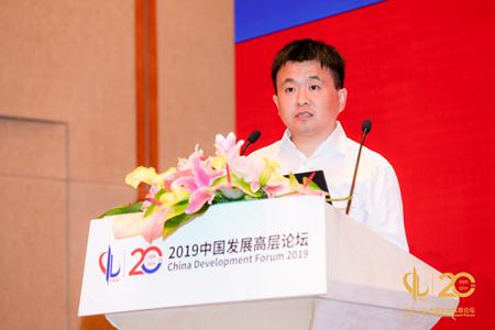 杨浩涌:人工智能将赋能和重构二