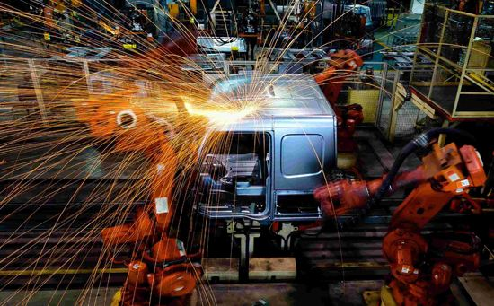 統計局:7月制造業PMI回升至49.7% 非制造業保持擴張