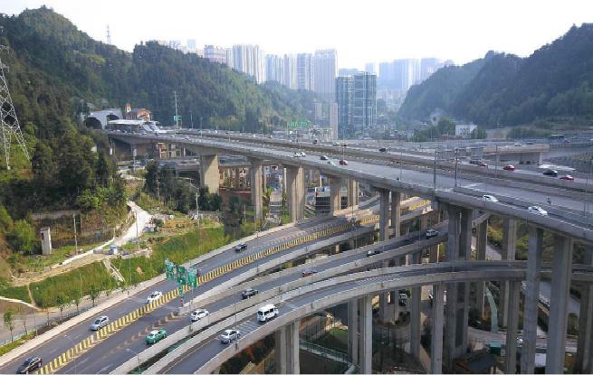 我国交通固定资产投资快速增长