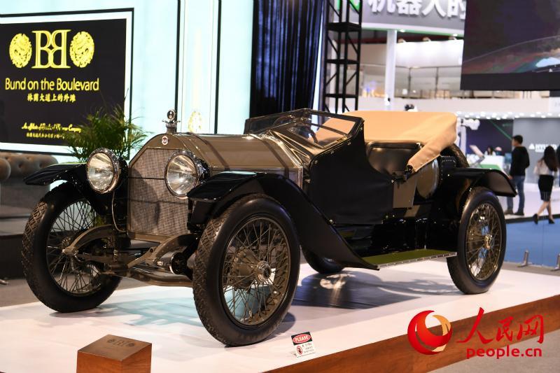 1916年的斯图兹勇士,超过百年历史,uess网络电视,被誉为当时的终极跑车。