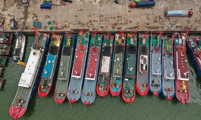 嚴打非法捕撈!我國首次派遣遠洋漁業公海轉載觀察員