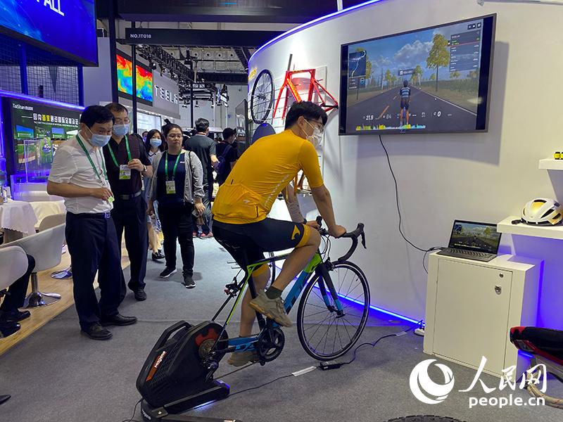 解码消博会:感受中国经济发展脉搏 与世界共享开放合作新机遇
