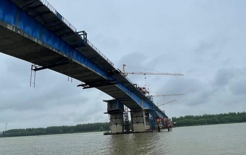 """沿著高速看中國:湘贛邊紅色熱土上的""""致富路"""""""