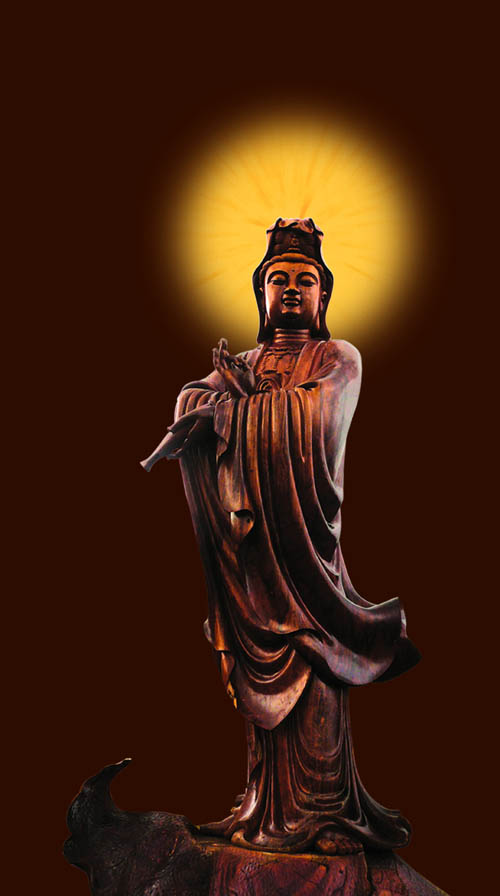 观音像由两颗千年非洲菠萝格红木大树雕刻而成
