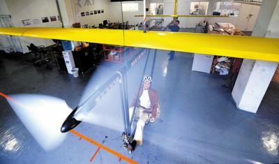 泡沫手工飞机制作方法
