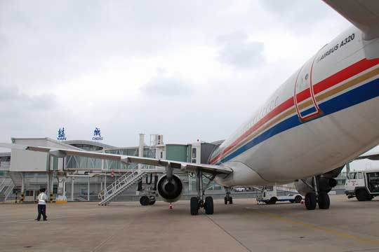 一年多来,盐城南洋机场在稳定北京,广州等航班的基础上,积极开辟国内