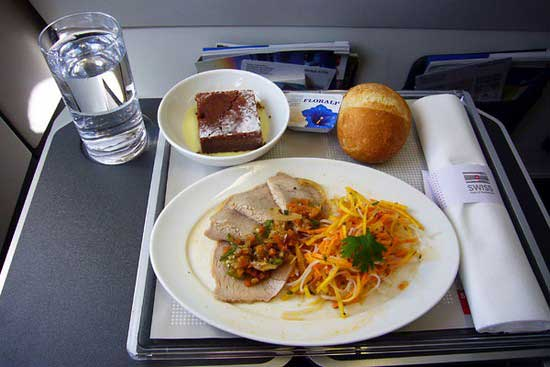 世界各大航空公司飞机餐大比拼(组图) (7)--中国民航