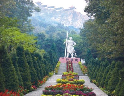 灯台架风景区位於杨庄乡东南部